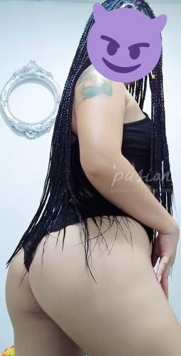 Antonella Santana 3186447048